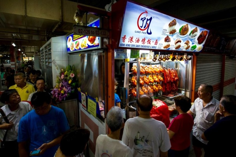 "COMMUNITY<br>""8 Qualities Of The World's First Michelin-Starred Street Food Chef"""